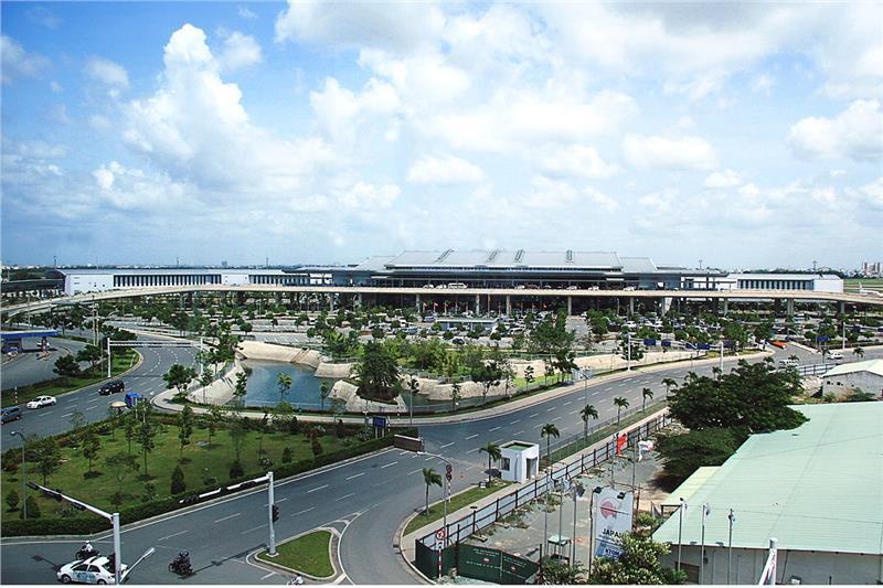 Sân bay quốc tế Tân Sơn Nhất - TP. Hồ Chí Minh