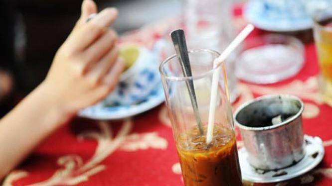 Văn hóa cà phê của người Hà Nội và người Sài Gòn