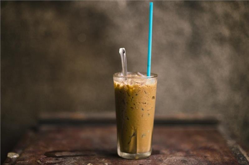 Cà phê nâu đá hay cà phê sữa