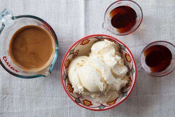 Cách pha chế Affogato Coffee