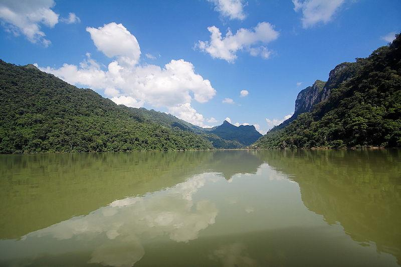 Vietnam travel to explore Ba Be Lake