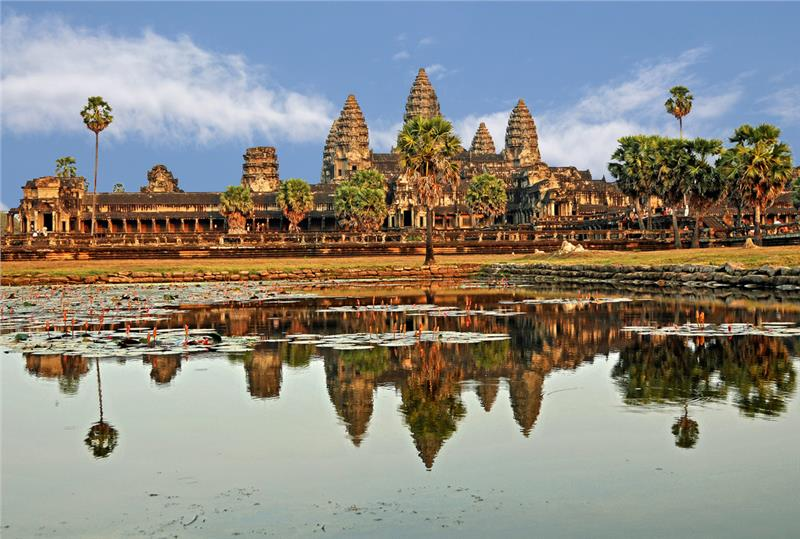Cambodia tour to experience hotels in Cambodia
