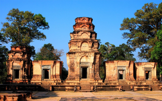 Cambodia Tourism exploring the most five destinations