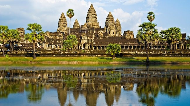 Angkor Wat Indochina tour