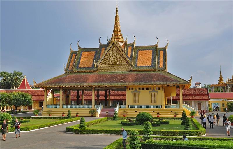 Indochina holidays to discover Royal Palace in Cambodia