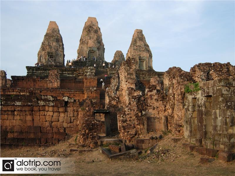 Taking Indochina tours in Siem Reap