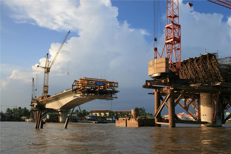 A bridge under construction in Can Tho