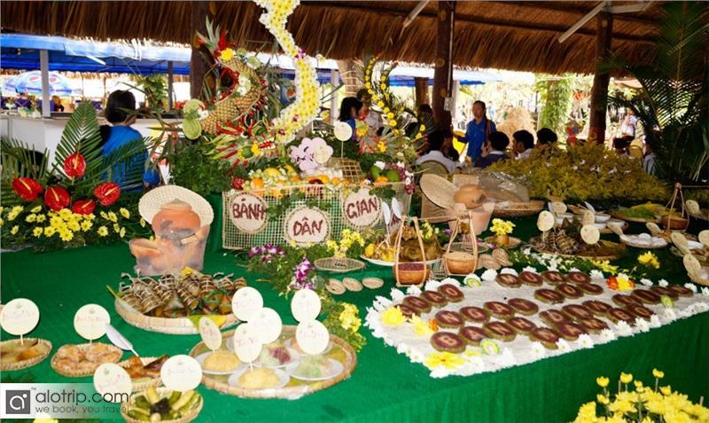 Folk Cake Festival in Can Tho