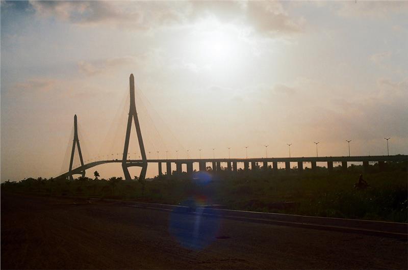 Stunning scenery of Can Tho Bridge