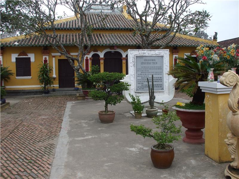Binh Thuy Ancient House in Long Tuyen Village