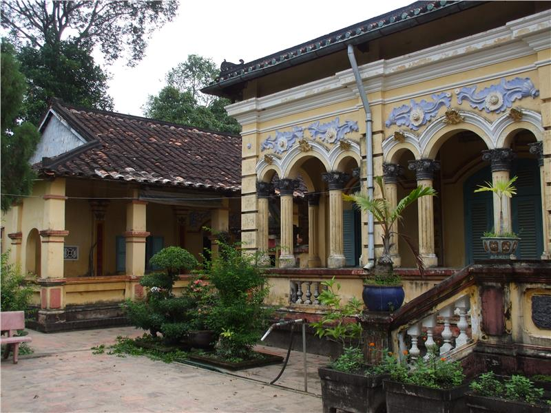 Long Tuyen Ancient Village