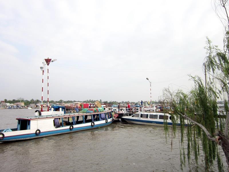 Boat trip in Ninh Kieu