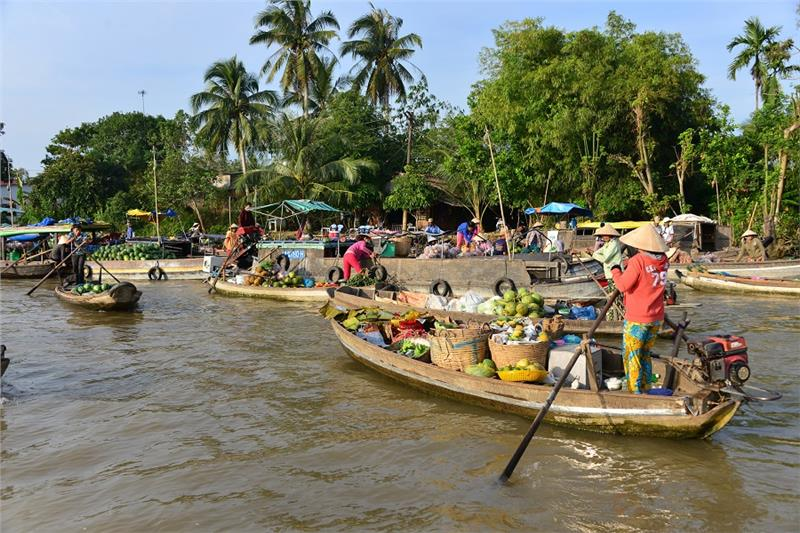 Phong Dien floating market in Can Tho