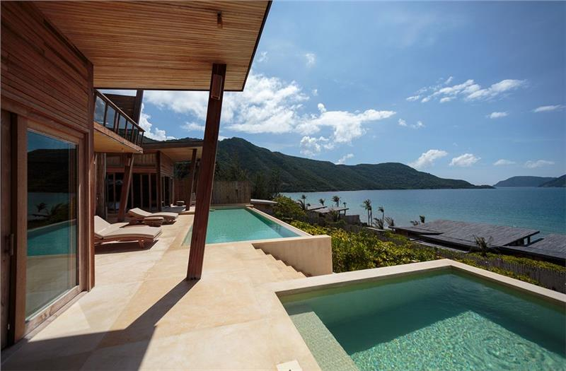 Six Senses Con Dao Resort & Spa_In front of villas