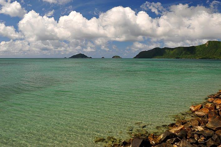 Turquoise water in Con Dao Island