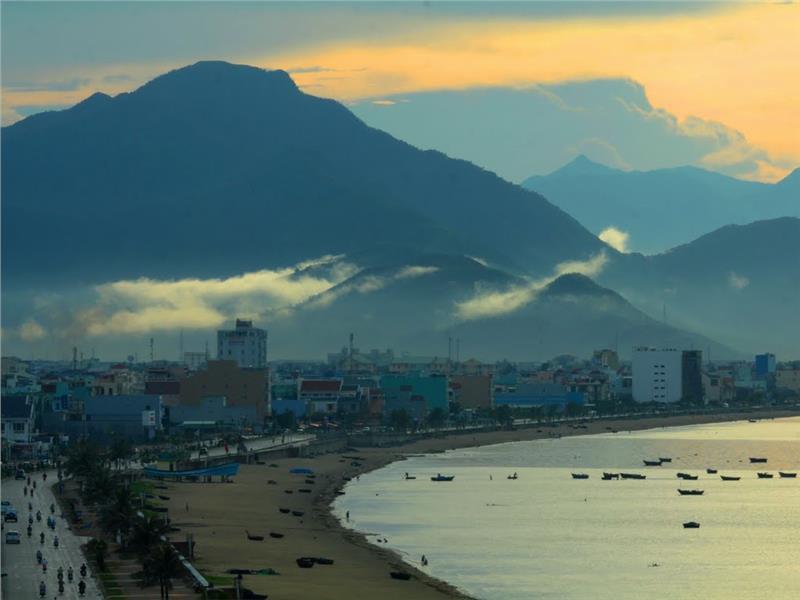 A corner of Da Nang beach