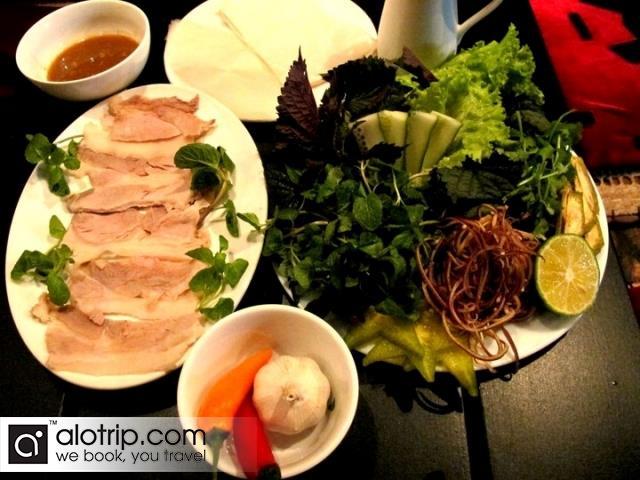 "Pork wrapped in ""banh trang"""