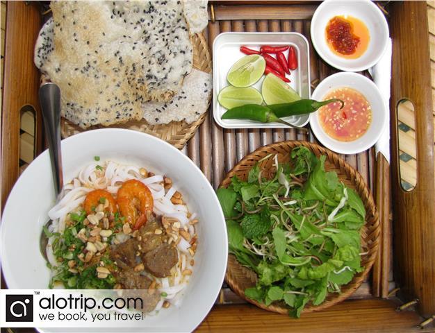 Mi Quang dish
