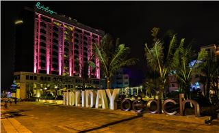 Holiday Beach Da Nang Hotel & Spa