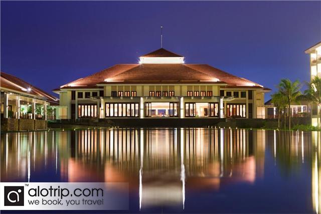 Center Overview of Pullman Beach Resort