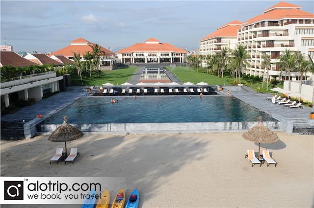 Pullman Beach Resort Panorama