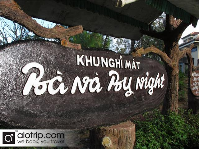 Ba Na by Night