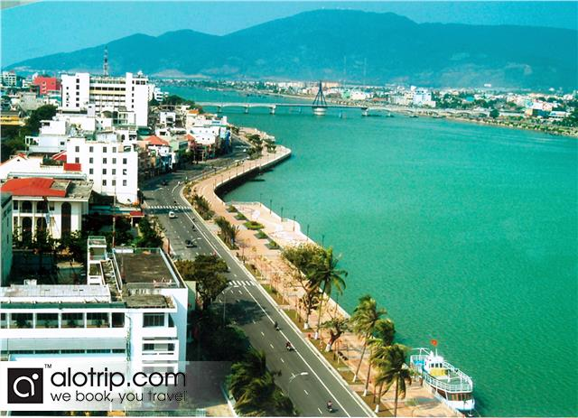 Da Nang City Overview