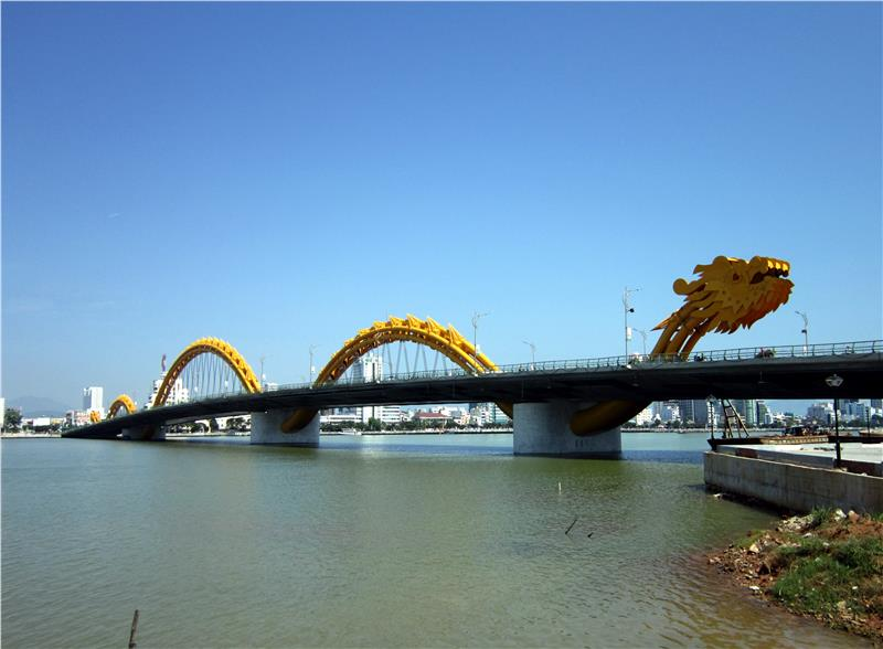 Dragon Bridge Da Nang received three best designing awards