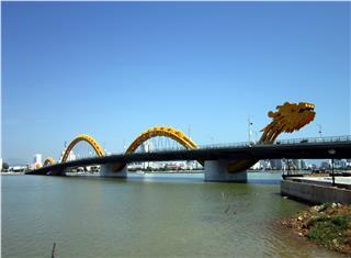 Dragon Bridge Da Nang received three best designing awards