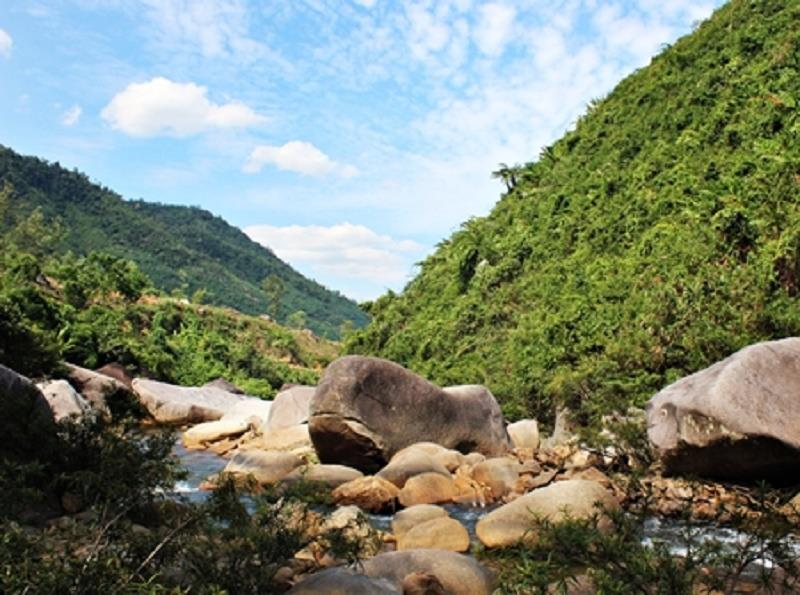 Wonderful scenery at Hoa Phu Thanh tourist area
