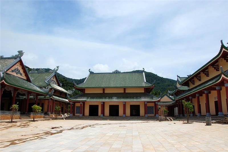 Inside Linh Ung Pagoda
