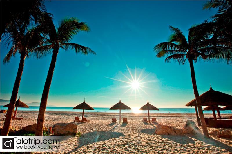 Golden Sand Beach in Son Tra