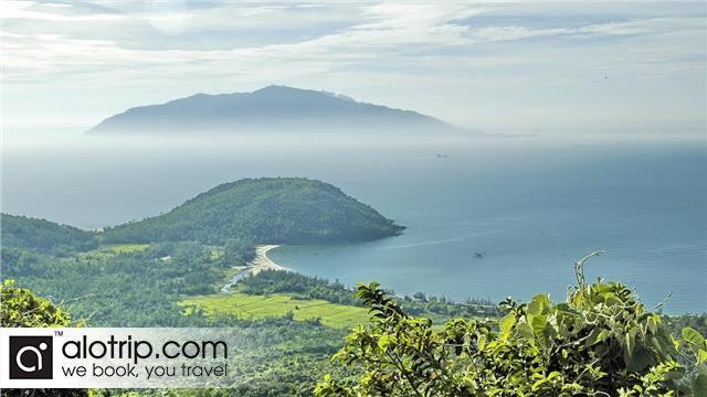 Son Tra Peninsula Panorama