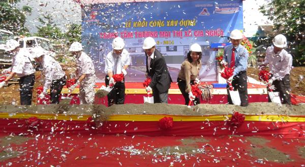 The groundbreaking ceremony of Gia Nghia Commercial Center