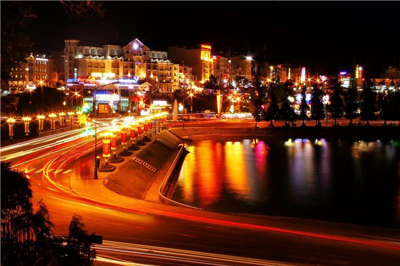Thành phố Đà Lạt về đêm