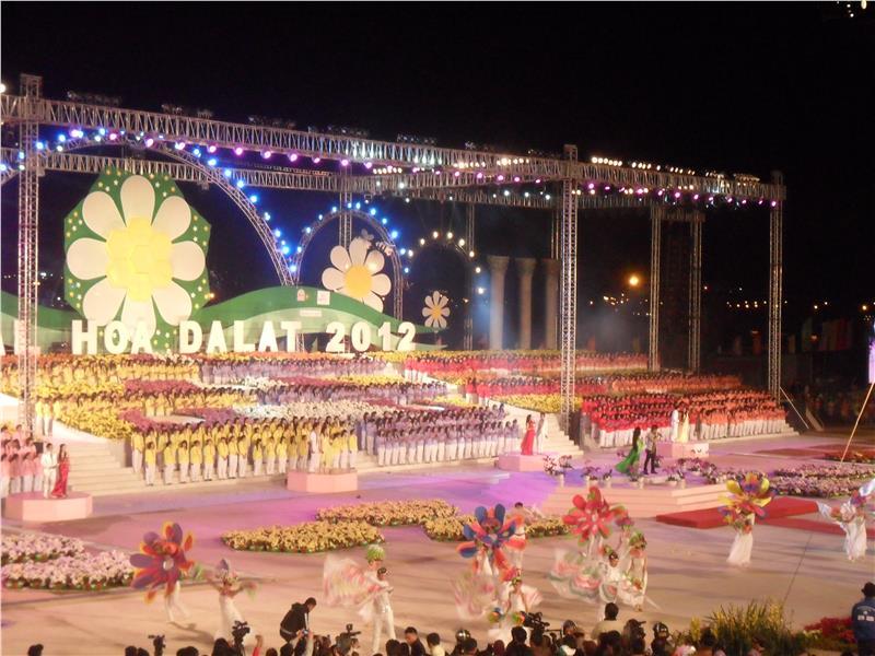 Da Lat Flower Festival 2012