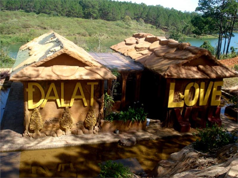 Clay House in Dalat Star Tourist Area
