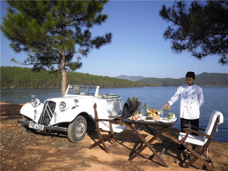 Ana Mandara Villas Dalat Resort and Spa - Outdoor dining