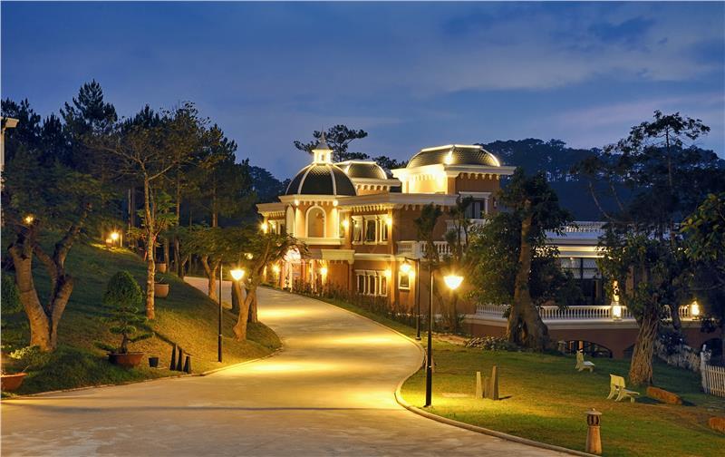 Dalat Edensee Lake Resort and Spa