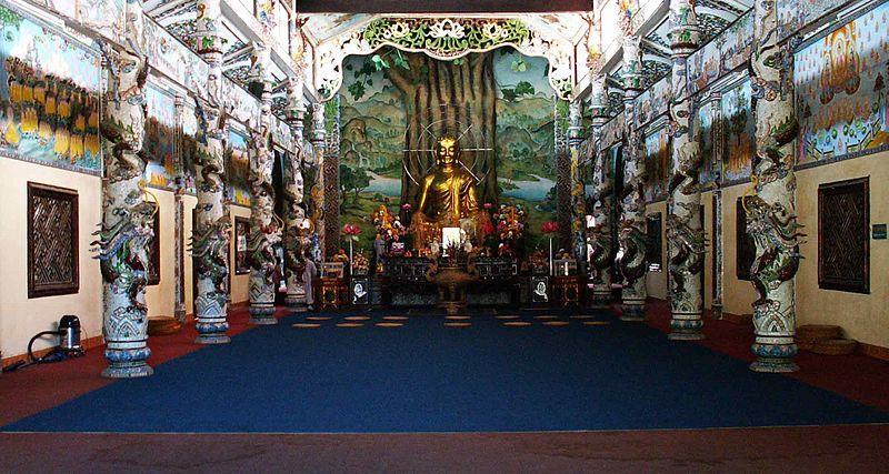 Sanctum inside Linh Phuoc Pagoda