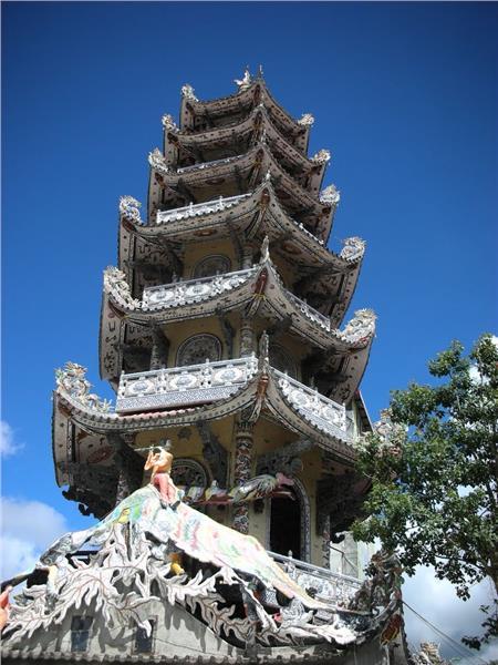 Steeple at Linh Phuoc Pagoda