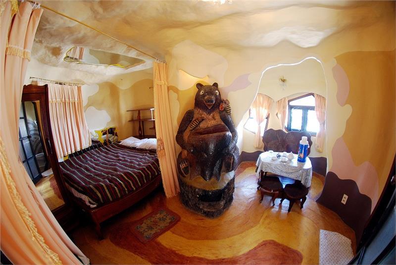 Bear Room at Dalat Crazy House