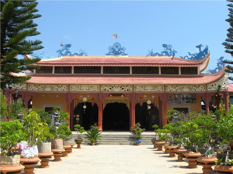 Van Hanh Zen Temple in Dalat