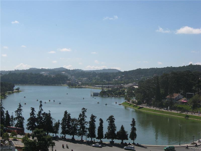 Xuan Huong Lake, view from Ngoc Lan hotel