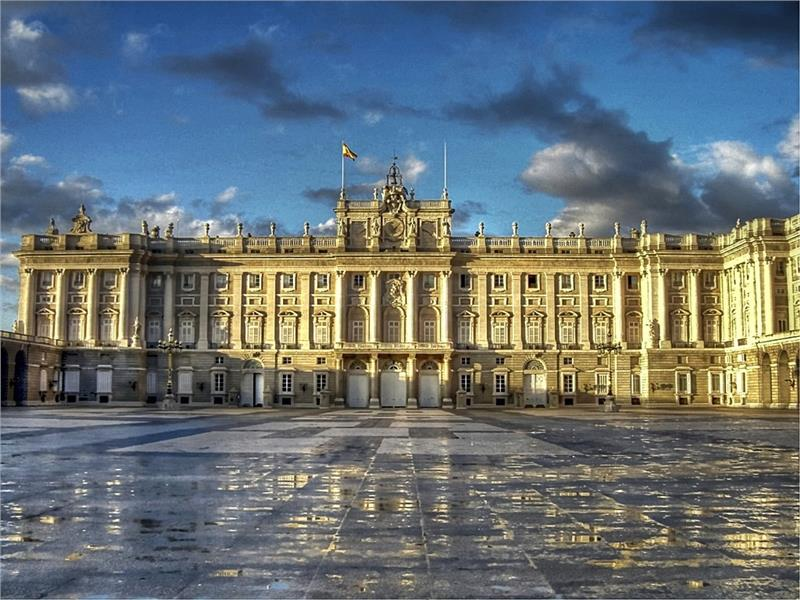 Cung điện Palacio Real