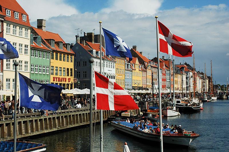 Vé máy bay giá rẻ đi Đan Mạch
