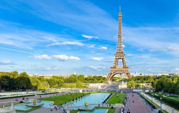 Vé máy bay Hà Nội đi Paris giá rẻ