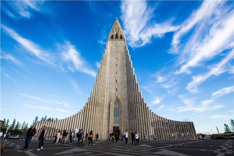 Nhà thờ Hallgrímskirkja Reykjavík