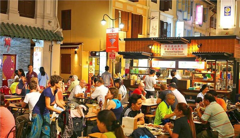 Một quán ăn ở Singapore