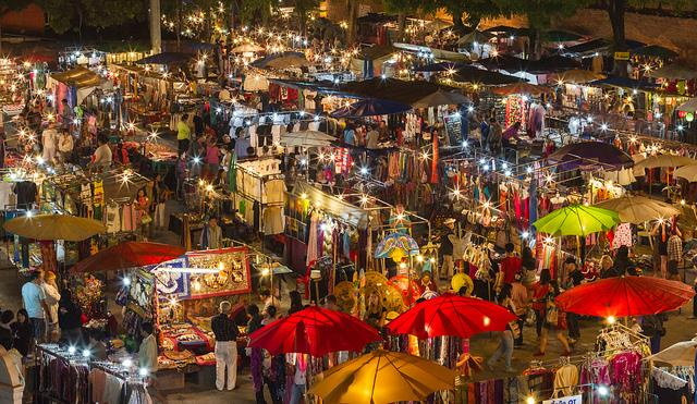 Khu chợ đêm Night Bazas